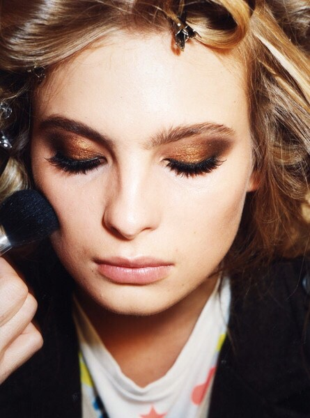 Copper Toned Eyeshadow  It's big this fall. Metallic coppers are all over the place