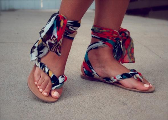 http://misskristurner.com/2012/07/24/diy-gladiator-wrap-sandals/