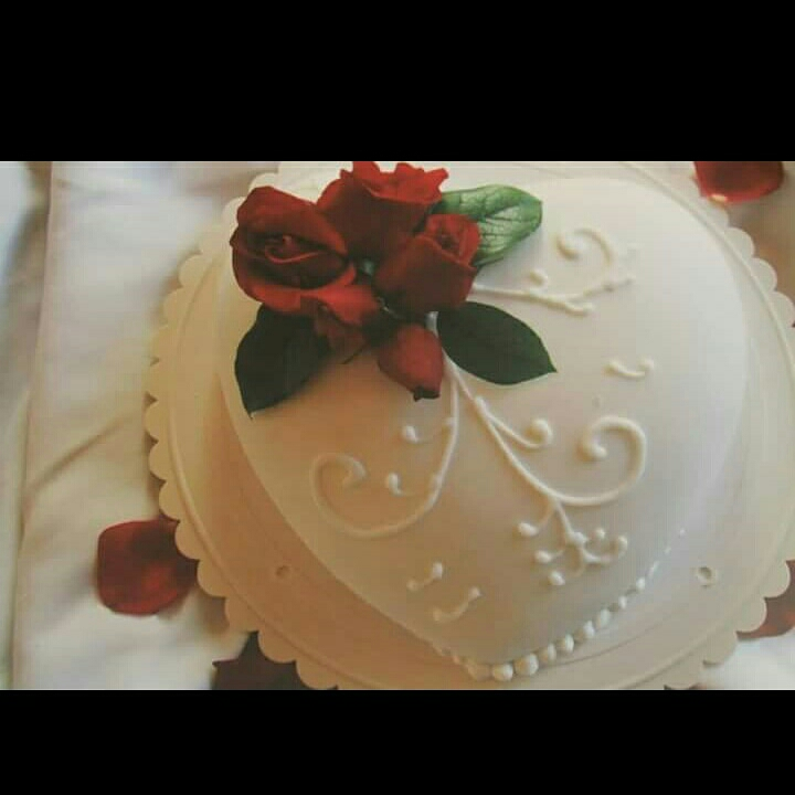 Wedding heart cake