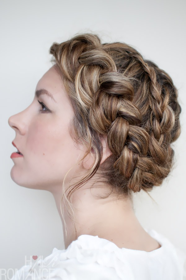Place a headband around the top of your head. Working with one section at a time, pin your hair up over the headband, using the headband as a holder for the hair. When you have it all pinned up, let it dry or sleep in it. The next morning you will have nice curls on the ends of your hair.