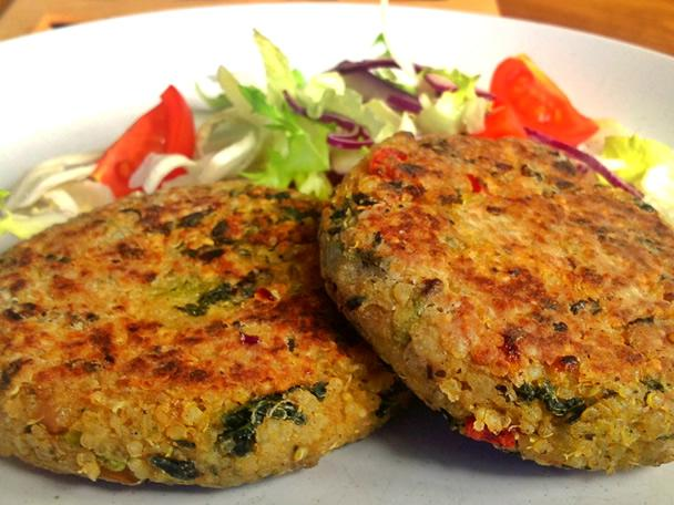 Quinoa and Kale Cakes - Makes 6 Cakes
