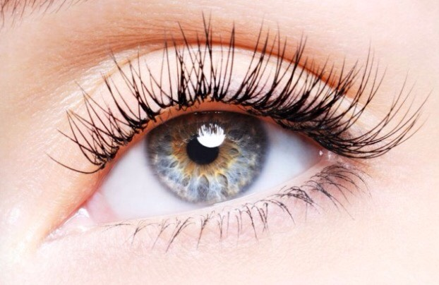 All you have to do is apply the Vaseline before you go to bed like you apply mascara. In the morning wash it off! Repeat everyday for about 2 weeks you should start to see results! ENJOY!