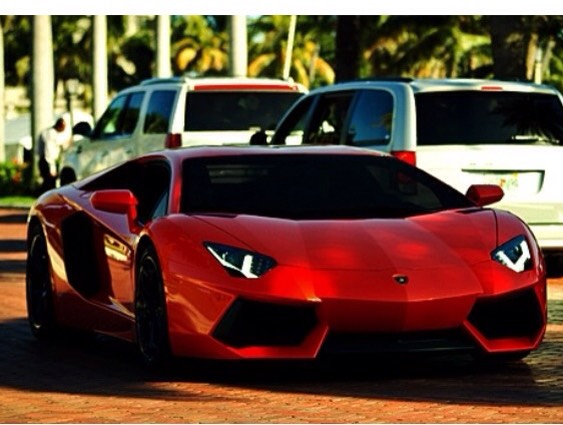 Who could forget a good old Lamborghini?