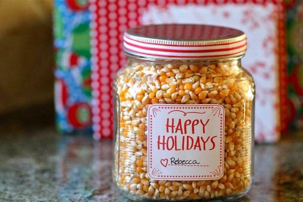 Cinnamon popcorn In a jar