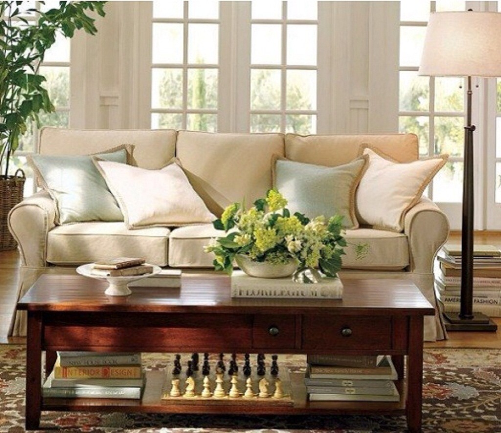 Create a Relaxed Atmosphere  This is great for the living room.  Mix:  6 drops Verbena  2 drops Geranium  or  4 drops Grapefruit  1 drop Rose  3 drops Cedar  Alternative oils: All floral and citrus aromas—e.g. you could replace grapefruit with lemon, or rose with lavender.