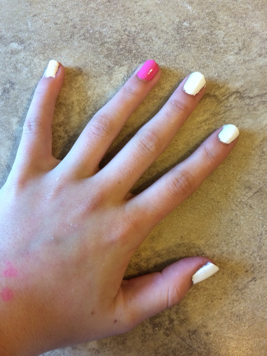 Paint all of your nails one color except the ring finger. Paint the blank finger a different color.