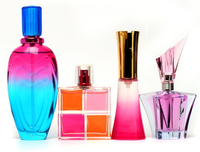 6. Not just one Don't put the same perfume every day 🙅🏻