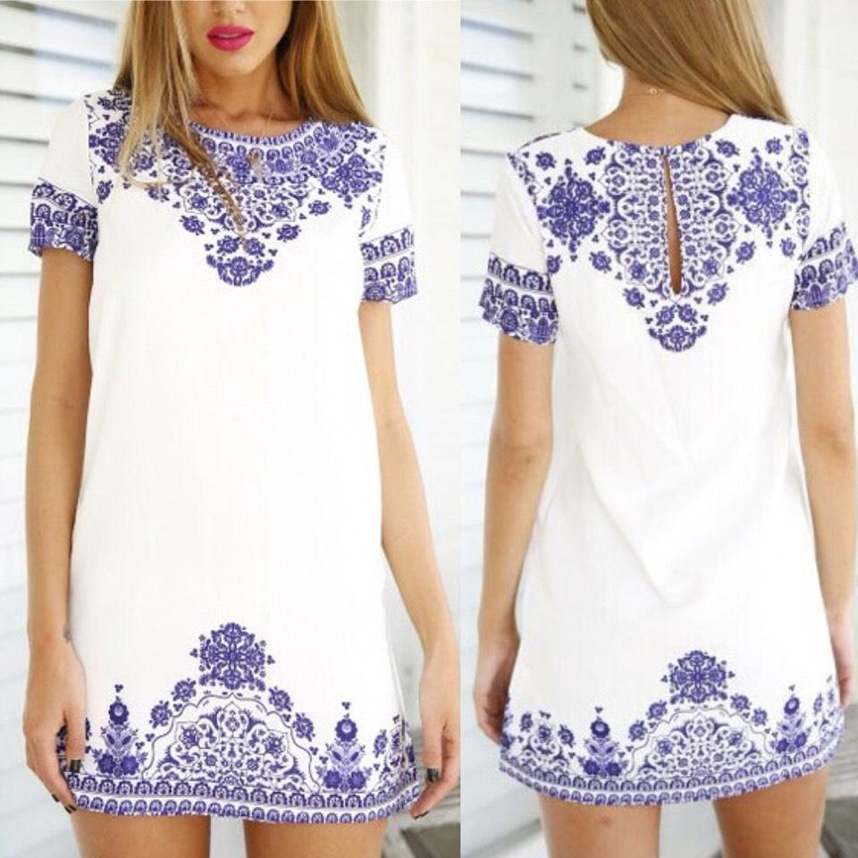 $10.99 http://m.romwe.com/Short-Sleeve-Vintage-Blue-And-White-Print-Pattern-Dress-p-110061-cat-722.html