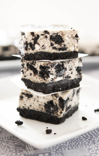 This super easy and delicious treat will have your mouth watering for more and hocked on the first bite. With only a few simple ingredients these Oreo cheesecake slices are easy to make!