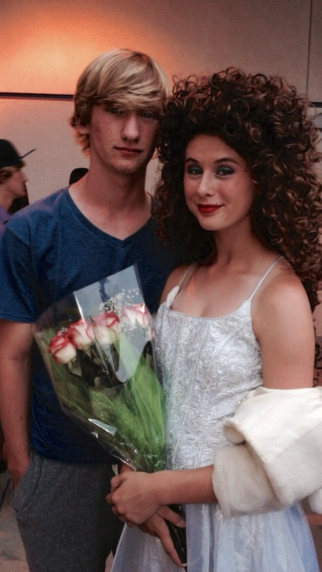 He attended my play and brought me flowers 😋