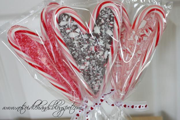 Candy Cane Pops  Melt chocolate between two candy canes