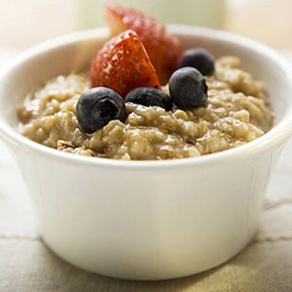 Oatmeal can be made sweet or savory. Add maple syrup and fruit for a sweet treat, or try it with avocado, eggs and veggies for a savory morning meal!
