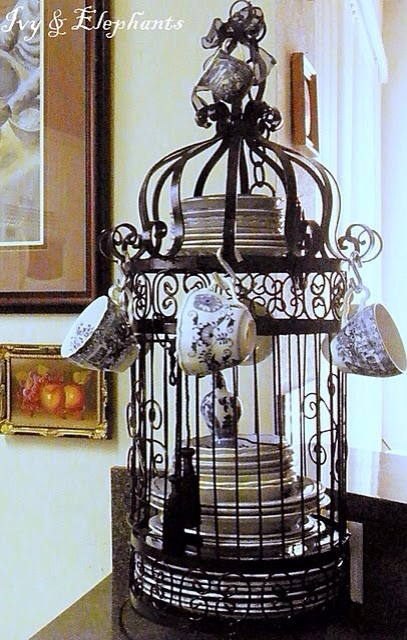 Bird Cage dish holder !