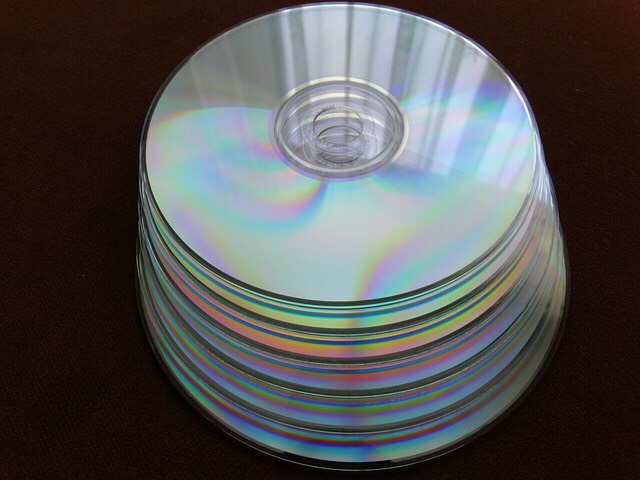 Repair CDs and DVDs