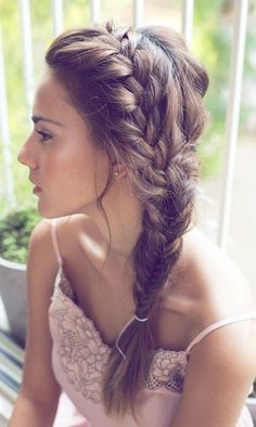 ☀️☀️☀️☀️☀️☀️☀️☀️☀️☀️.            Here are some fabulous yet easy summer hairstyles & how to do them! ☀️☀️☀️☀️☀️☀️☀️☀️☀️☀️