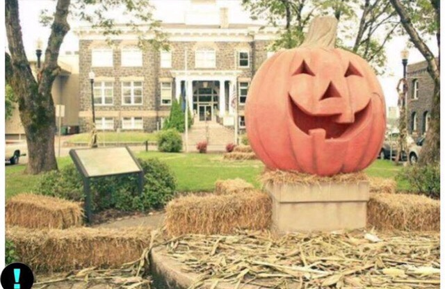 Location for the movie Halloweentown ➡️