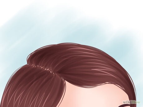 Part your hair. Do with either a center part or a side part (for an older look). Brush your hair so it's tangle-free.