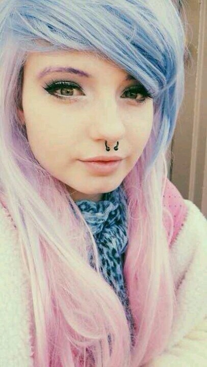 C'mon, pastel colors and a septum piercing?? Cute combo!