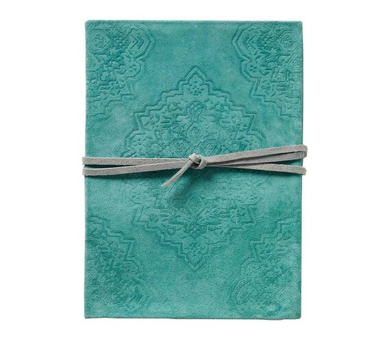 http://www.anthropologie.com/anthro/m/product/home-books/37397130.jsp#/