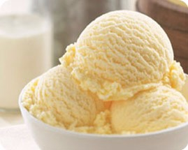 -4-5  scoops vanilla ice cream 🍨🍨🍨🍨🍨🍨🍨🍨🍨🍨