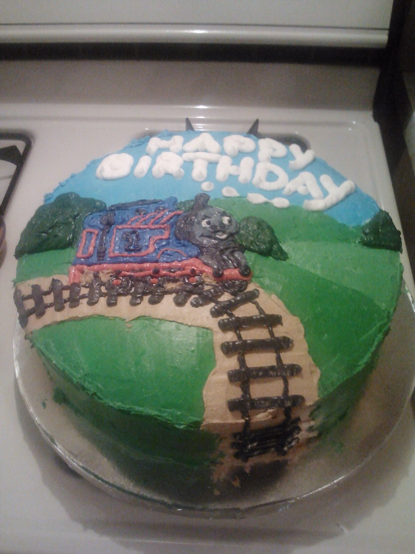 My son loves Thomas the train, so for his birthday this is what I did!