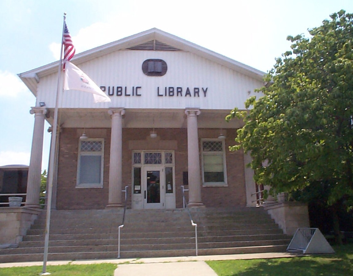 There are more public libraries than McDonald's