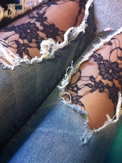 19. Tights Under Ripped Jeans How pretty! Not to mention a great way to stay warm in the winter. You could do this with any pair of tights depending on your style, but I do love the lace. For a more casual look, perhaps just a pair of plain tights would do.