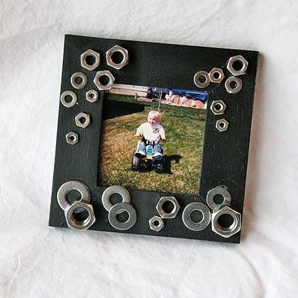 This picture frame is easy to make and fits any budget!