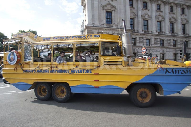London Duck Boat😍 Get a tour of the city in a duck car/boat💘