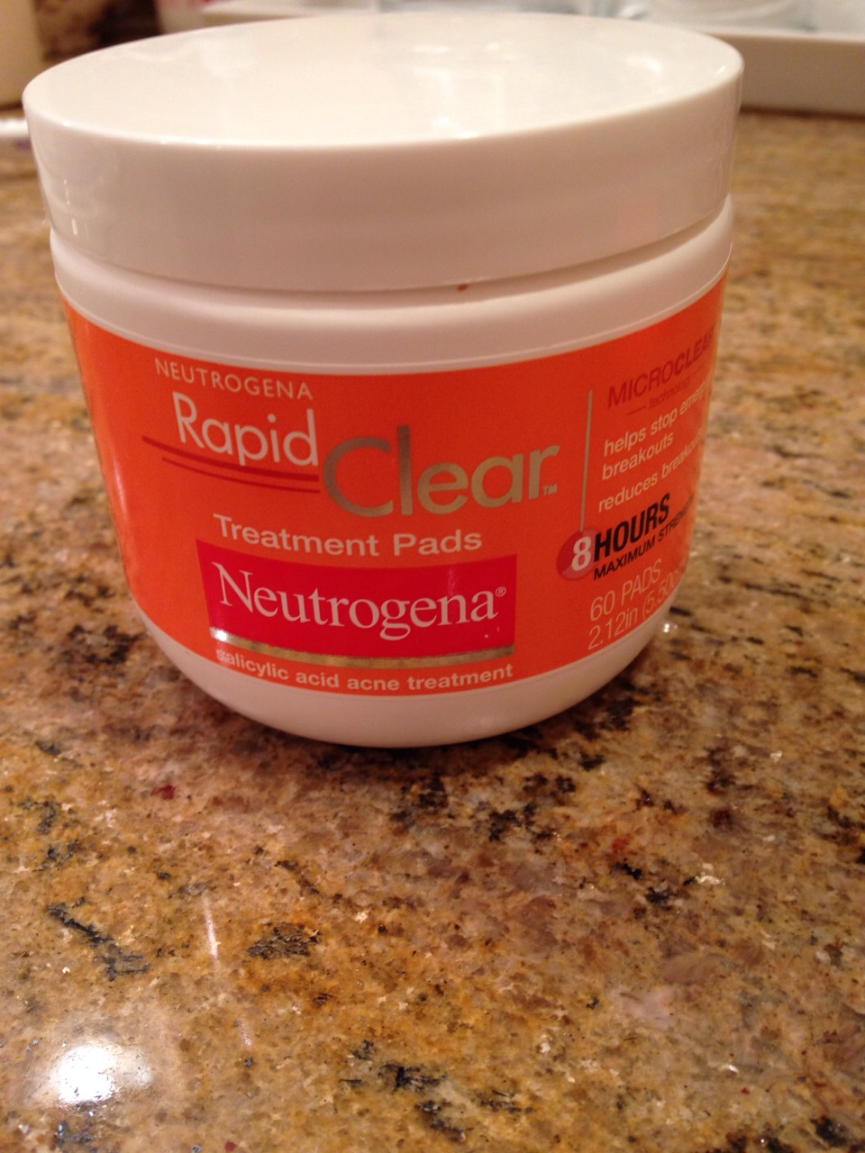 1st buy Neutrogena rapid clear treatment pads.