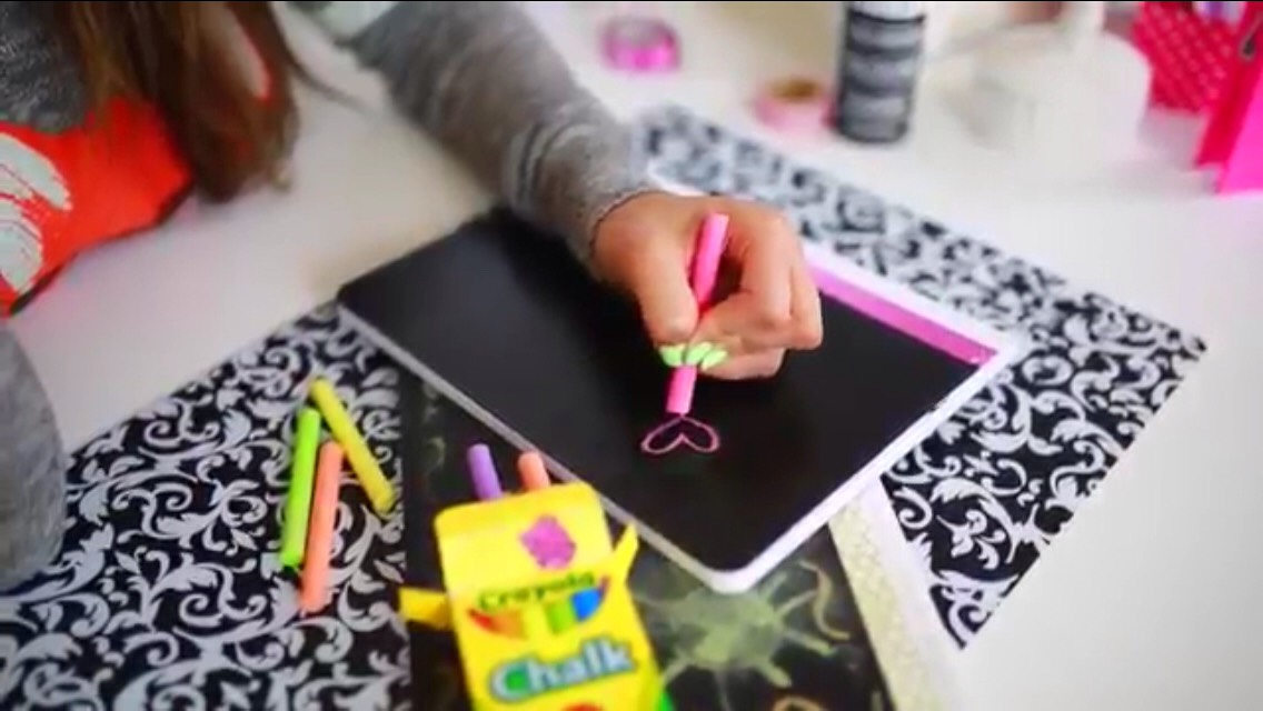 #2 How to make a Notebook with a chalk board