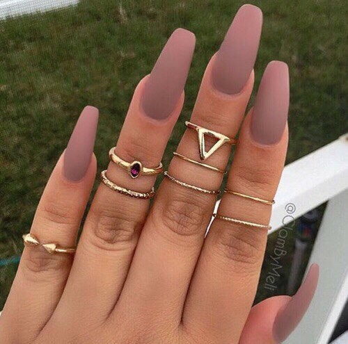 Long nails and rings go great together. You know what else? This color!