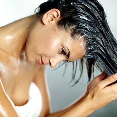 Now, however, there's an intriguing alternative to skipping the lather or misting on a dry shampoo—it's called co-washing.