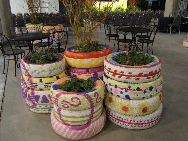 you can create a very festive garden with tires..