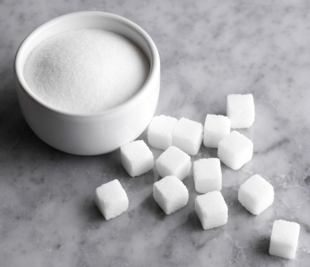 Mix together in a small bowl sugar,
