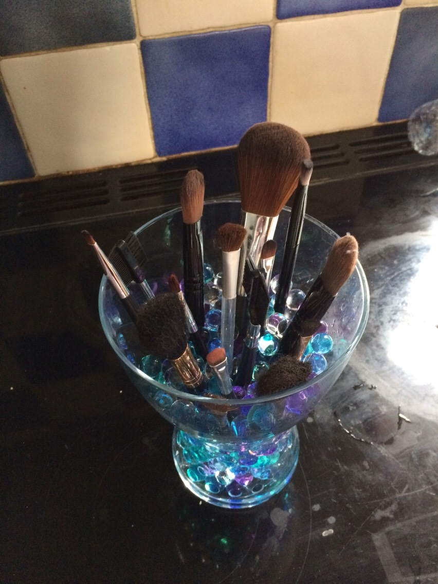 I never knew how to organise my makeup brushes until I came up with this is idea and it's the best thing in the world so I thought I would share it with you