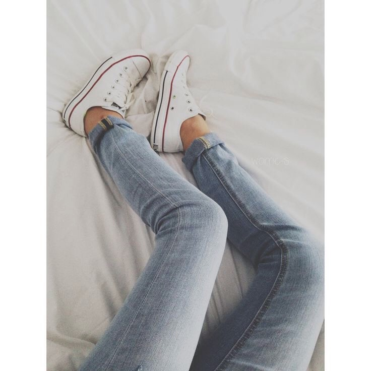 Converse. Literally the key to comfyness (I believe that's a word)👟👟