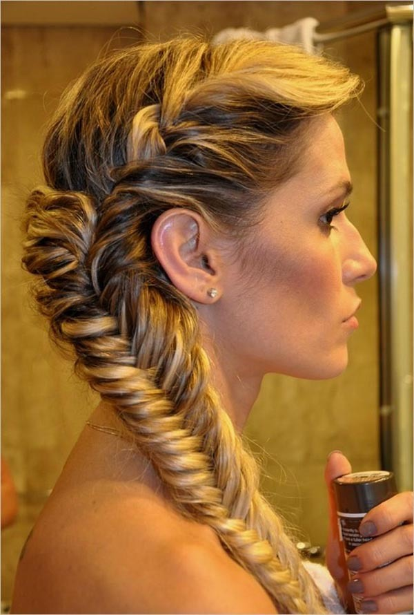For the perfect curls without heat plait your hair once you come out of the shower and in the morning you will have nice curls , do more plaits if you have thick hair