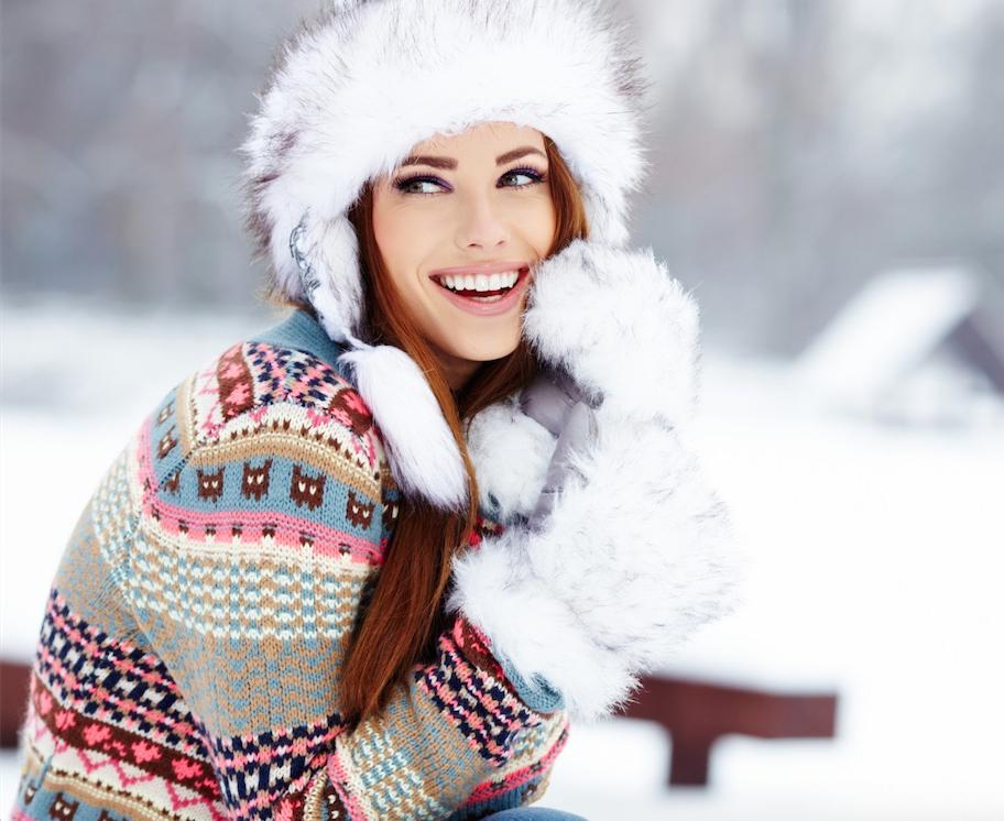 Tis the Season for a Snow Angel GlowThis year you won't have to welcome winter with cracked elbows and dry hands. When the weather cools down and your skin becomes more dehydrated, apply Waxelene anywhere that needs a little extra moisture and softening. A thin layer of Waxelene will soothe dry skin from top to bottom and bring your skin so much radiance you'd think it was summer.