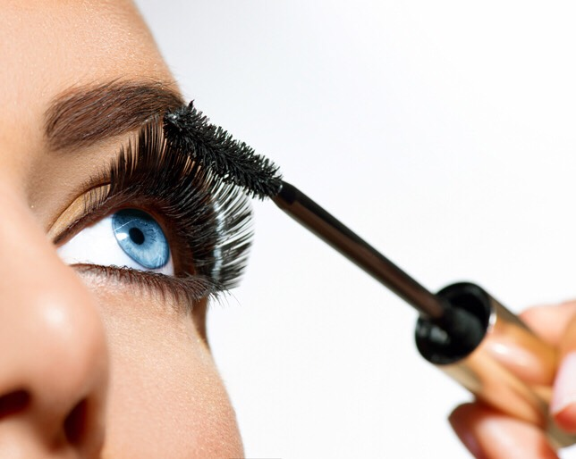 Use a fan brush to apply mascara to avoid clumpy lashes