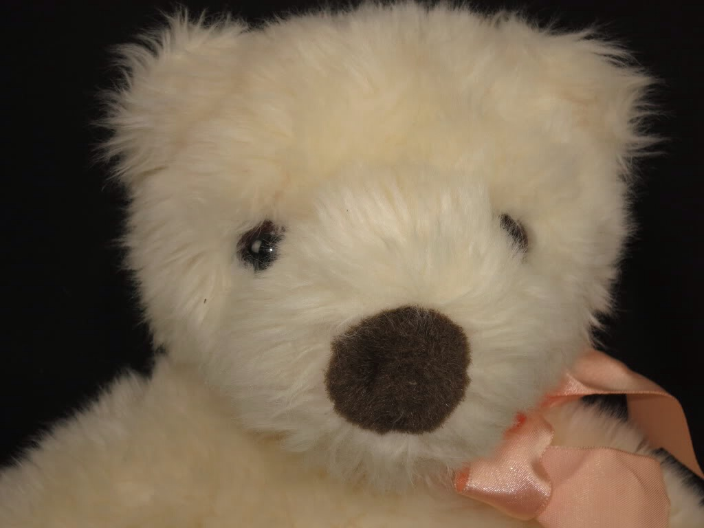 Stuffed animal cleaner: can't separate your child (or yourself) from an old stuffed animal? Use baby powder to freshen it up!