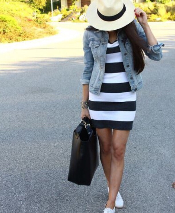 8. STRIPES AND DENIM JACKET The thick stripes on this dress are so pretty, and alongside the jean jacket and big hat, this is a match made in heaven!