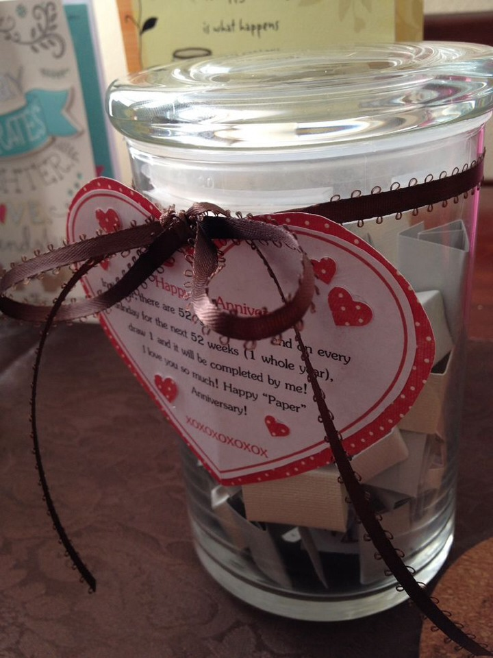 ❤️Because the first anniversary is paper, fill a jar with 52 small favors and on every Sunday, he gets to choose one!❤️  http://www.honeyandcheese.com/2011/08/02/paper-anniversary/
