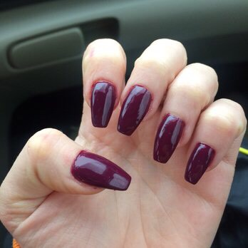 Tired of your nails chipping before they grow longer? This is a 100% natural way to grow your nails out!!! This has changed my life!