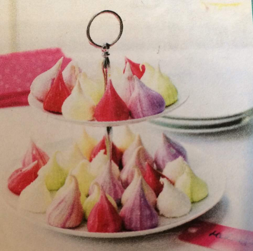 Marbled meringues, pretty centrepiece for a Buffet or dessert table