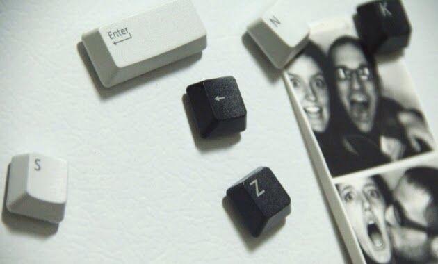 -> Refrigerator Magnets
