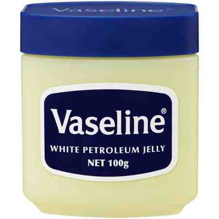 Vaseline!! The ultimate beauty product!! Second, use this on a mascara wand. (More explained in the next part)