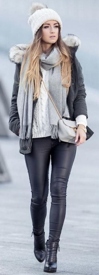 20. Knit Layers & Leather Winter Outfit