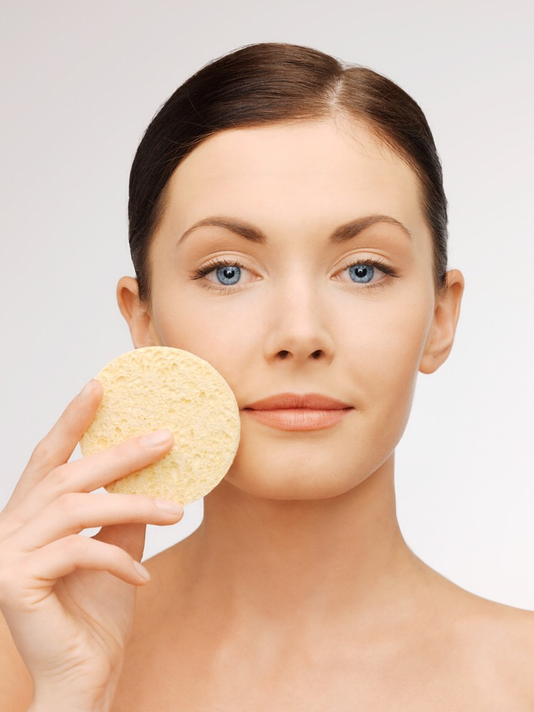 1. The way you apply moisturizer can actually make you look older. Even though you are applying hydration and nutrients directly onto your skin, if you apply from top to bottom, you may be doing more harm than good. This is because applying from top to bottom causes you to continuously tug down