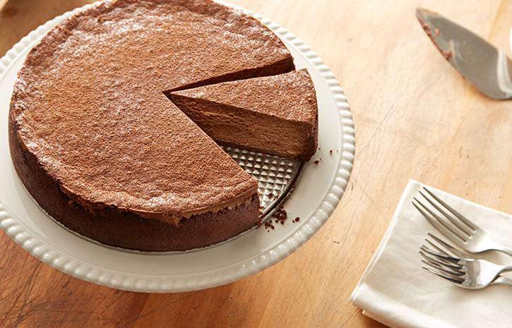 Follow this recipe for simply delicious chocolate cheesecake!